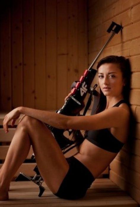 Самые красивые биатлонистки мира (40 фото)