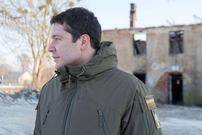 Губернатору Калининградской области Антону Алиханову пришлось объясняться за нашивки на своей куртке (3 фото)