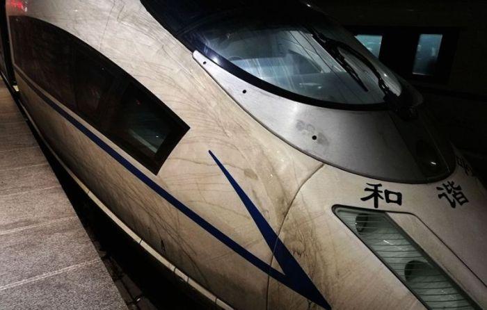 Налет смога на китайском скоростном поезде (6 фото + видео)