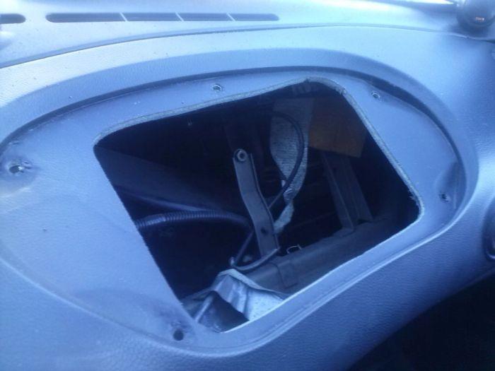 Бардачок для Chevrolet Niva своими руками (14 фото)