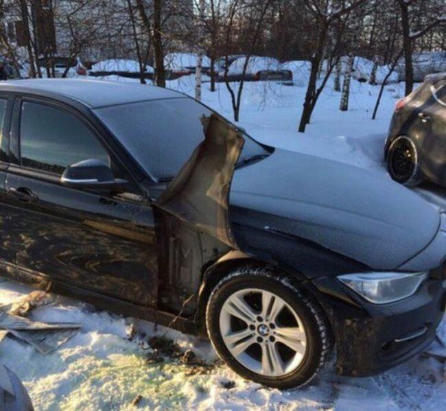 Варварская кража бачка омывателя фар с BMW 3-Series (2 фото)