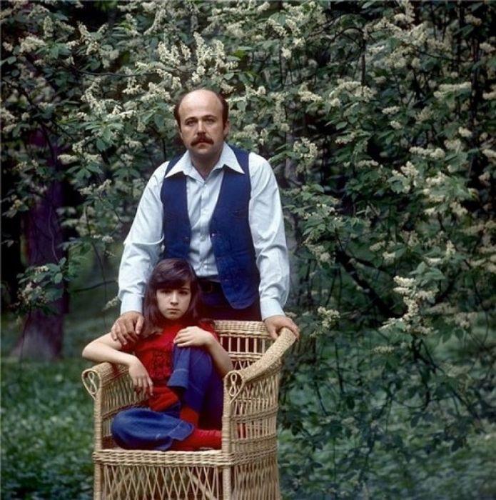 Отцы-одиночки среди знаменитостей (46 фото)