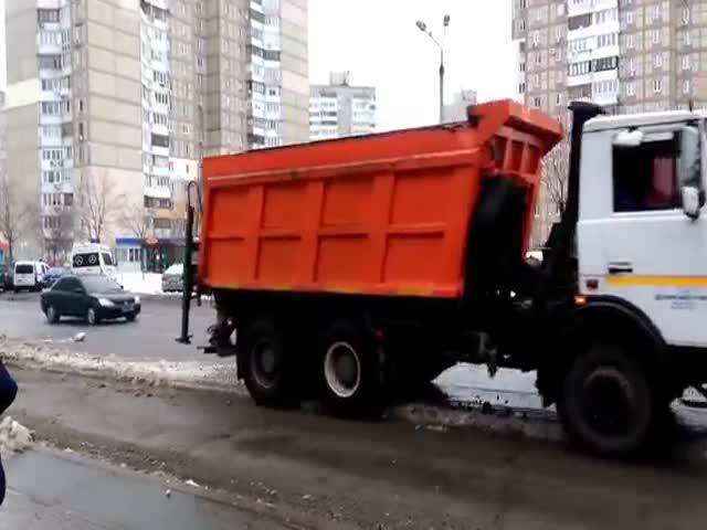 Уборка снега по-киевски