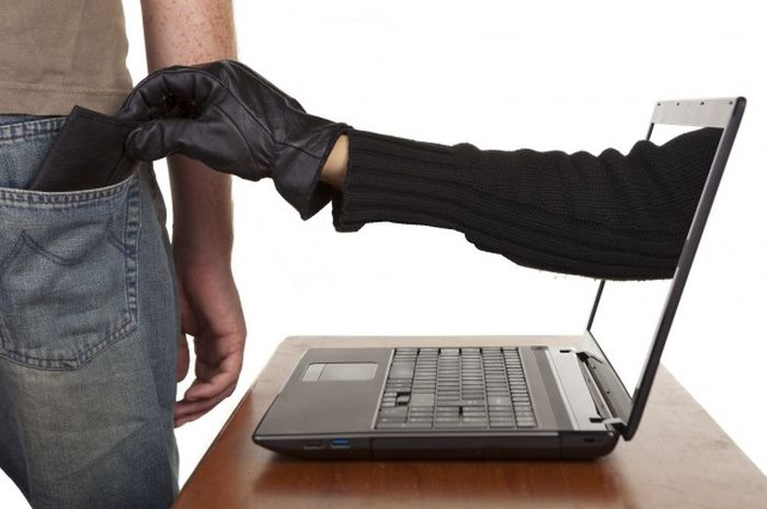 Сколько зарабатывают самые известные киберпопрошайки России (3 фото + текст)