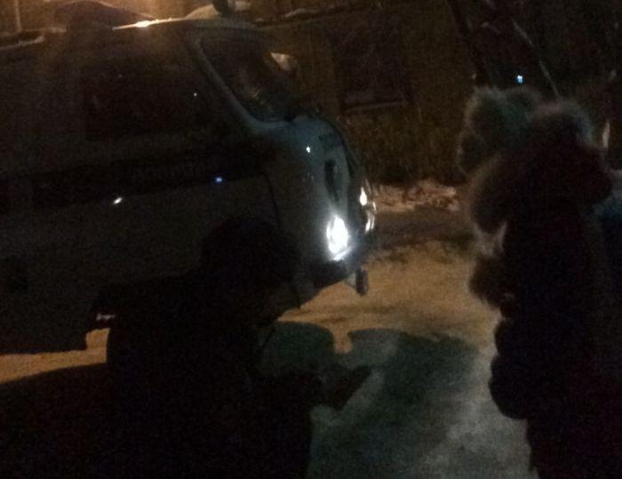 В Екатеринбурге первоклассница перепутала день с ночью и пошла в школу (2 фото)