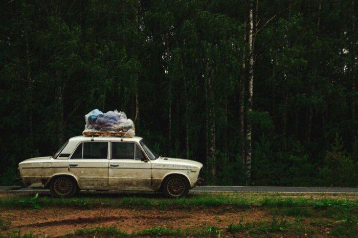 Четверо россиян проехали 12 стран Европы и Африки на старой «шестерке» (10 фото)