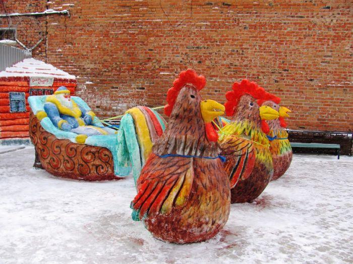 Снежные и ледяные скульптуры российских заключенных (8 фото)