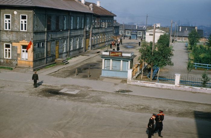 Неизвестные доселе фото советской Москвы американского атташе (12 фото)
