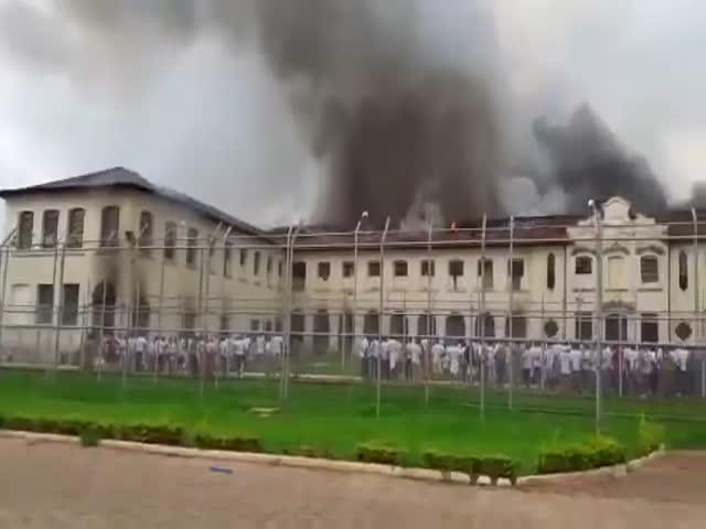 Бунт в тюрьме Сан-Паулу