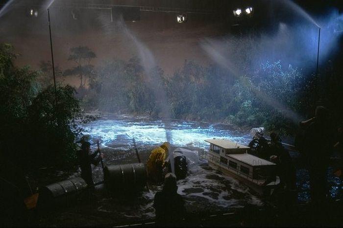 Макеты и модели в кино (9 фото)