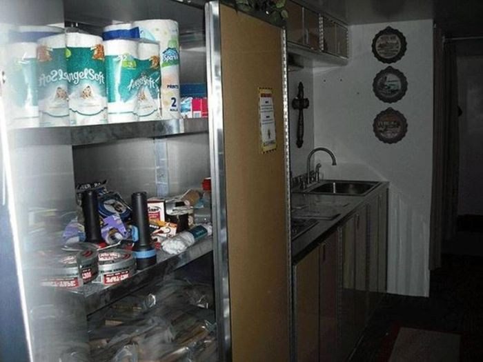 Американцы все чаще заказывают бункеры (20 фото)