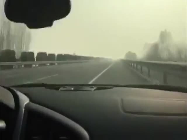 Чем чревата езда на огромной скорости