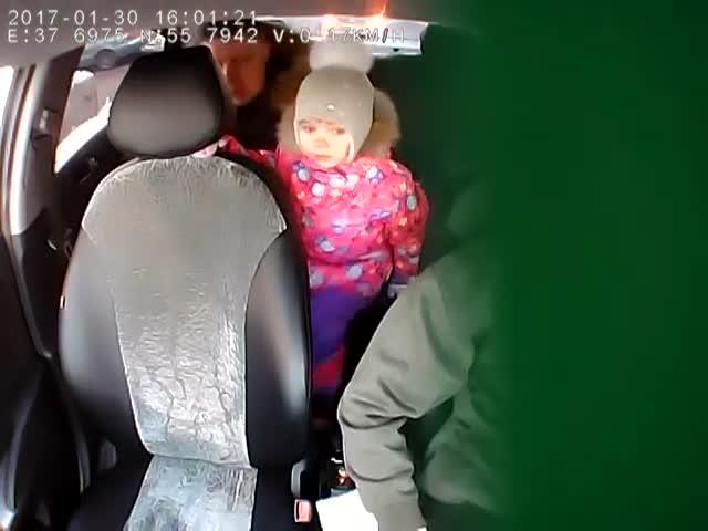 Конфликт с таксистом из-за отказа перевозить ребенка без детского кресла