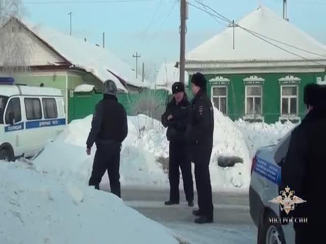 В Омске освободили девочку, которую взял в заложники наркоман