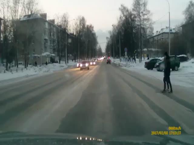 Опасный обгон на пешеходном переходе