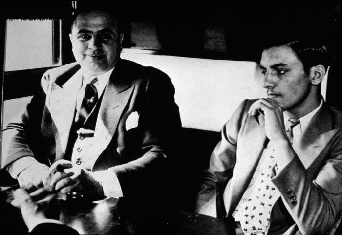 Гангстерская Америка 30-х годов (27 фото)