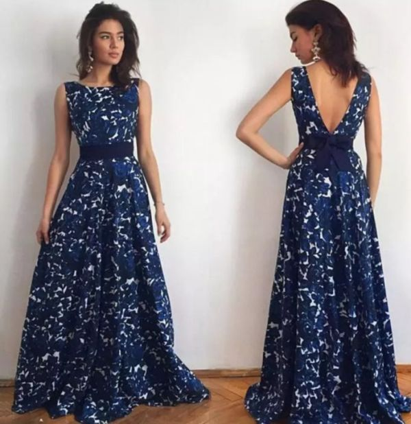 С платьем что-то явно не так (3 фото)