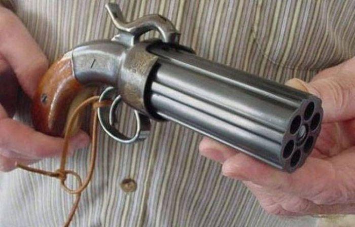 Редкие экземпляры оружия (52 фото)