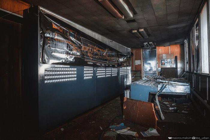 Фотографии с заброшенного завода ЗИЛ (52 фото)