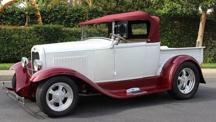 """""""Заряженные"""" автомобили на аукционе в Лос-Анджелесе (12 фото)"""