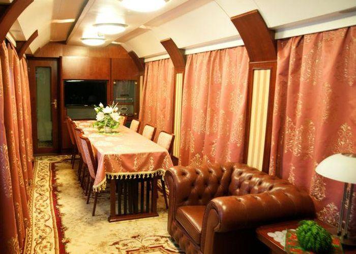Премиум-вагоны Украинской железной дороги (10 фото)