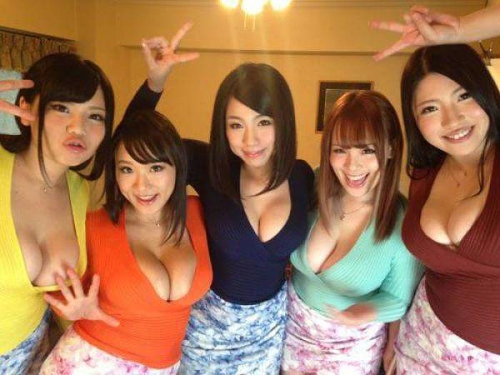 Прекрасные девушки (52 фото)