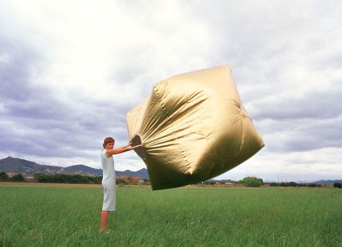 Этот куб может стать альтернативой палатке (7 фото)