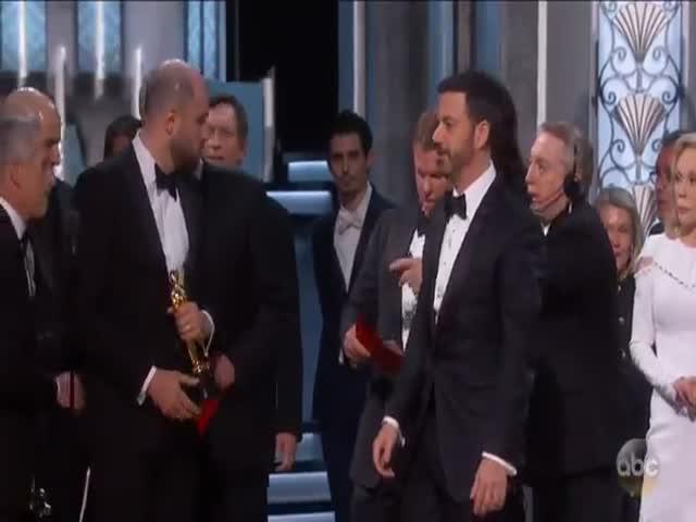 Неловкий момент на церемонии вручения «Оскара»