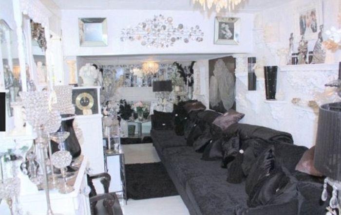Дом, который никто не хочет покупать (7 фото)