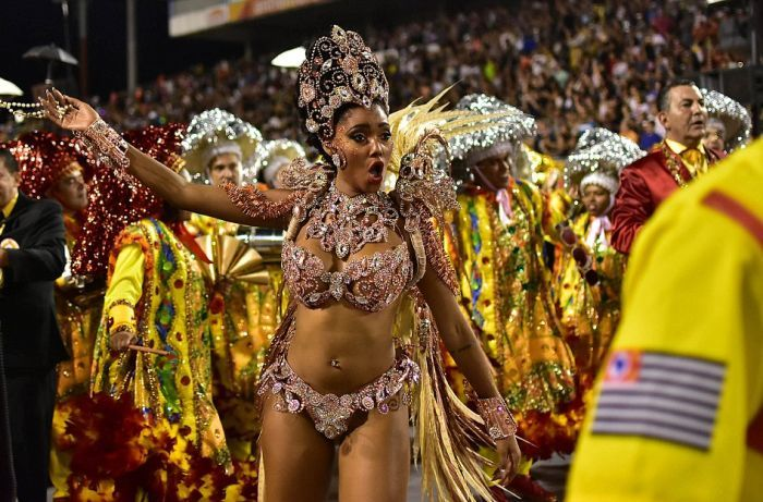 Крутые девушки карнавала рио фото 484-817