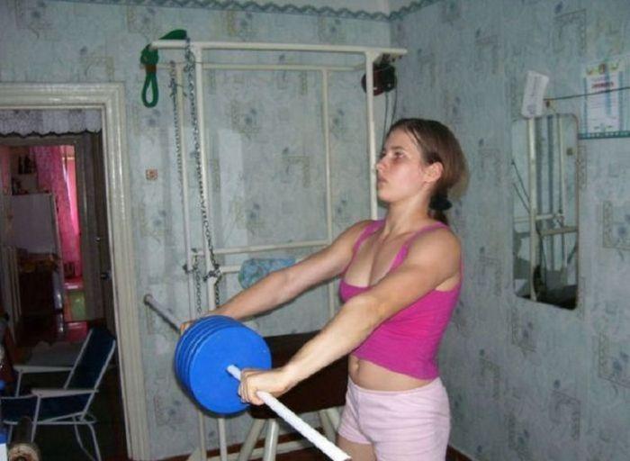 Чем сейчас живет самая сильная девочка планеты Варвара Акулова (12 фото)