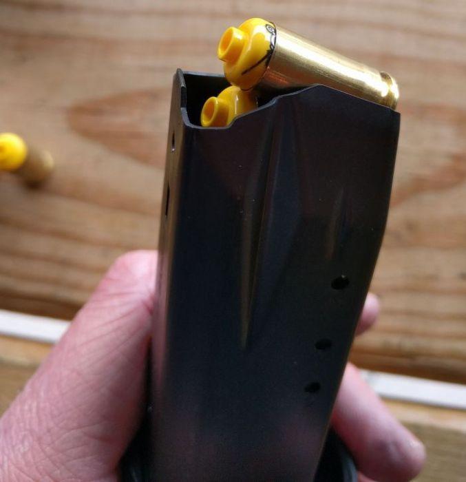 Головы человечков из конструкторов, как альтернатива травматическим пулям (27 фото)