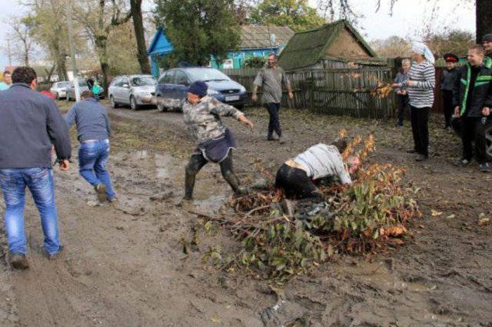 Фото, которые возможно было сделать только в России. Часть 60 (39 фото)