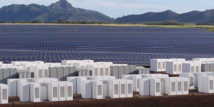 Tesla построила комплекс, который обеспечит солнечной электроэнергией остров Кауаи (4 фото + видео)