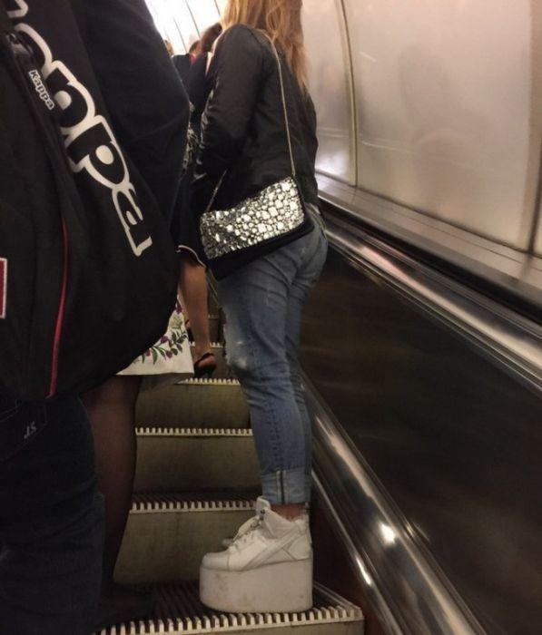 Модники из российского метро (40 фото)