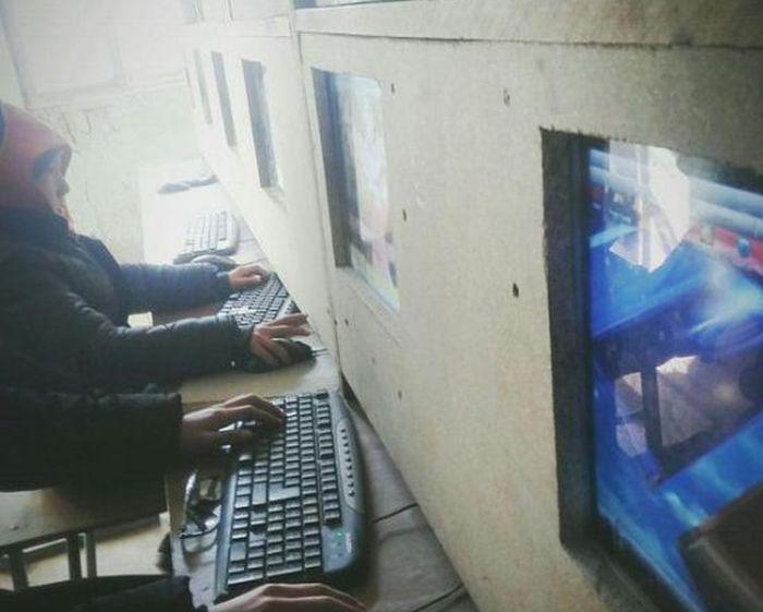 Антивандальный компьютерный клуб (2 фото)