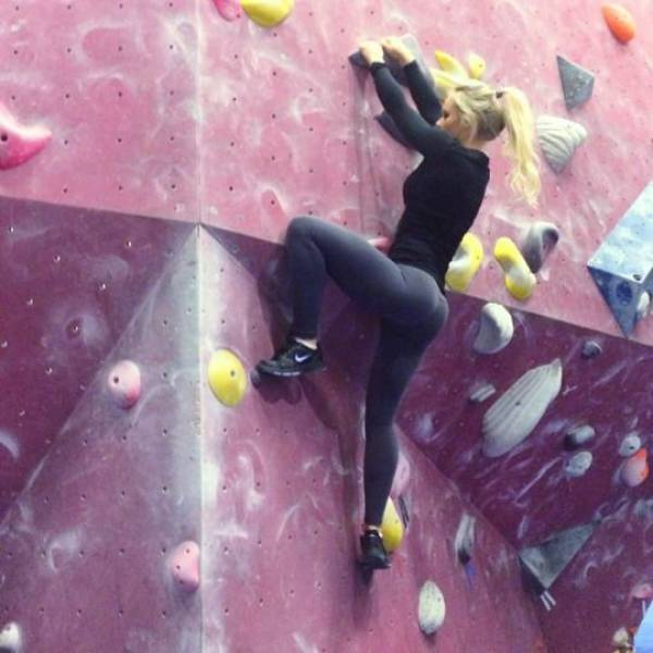 Девушки, влюбленные в спорт (63 фото)