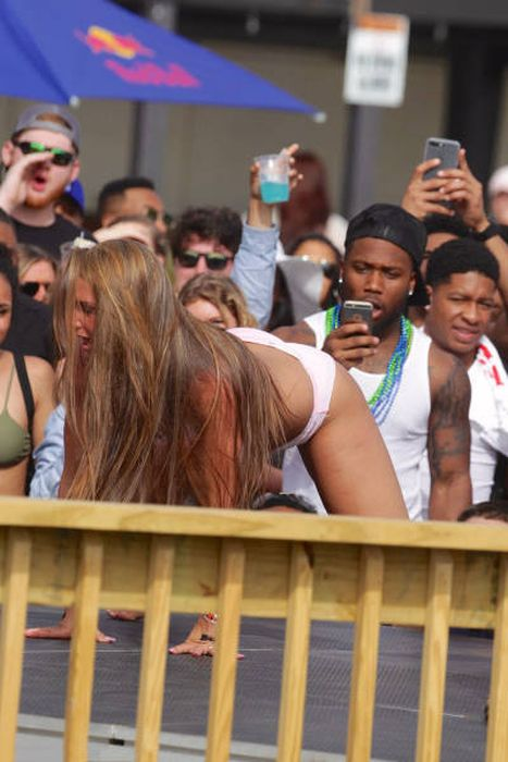 Весенние каникулы американских студентов (57 фото)