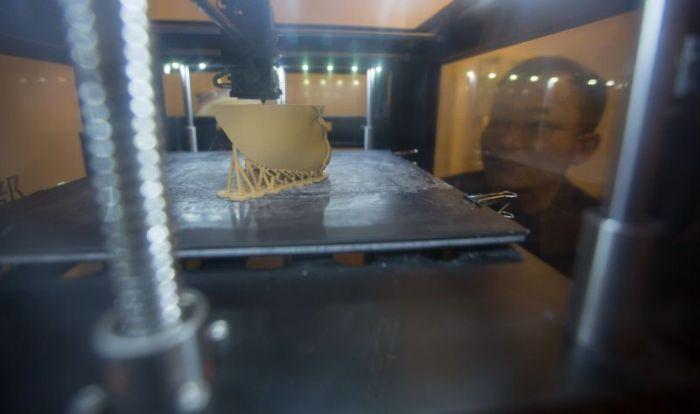 В Пекине открылась студия 3D-печати лиц покойников (5 фото)