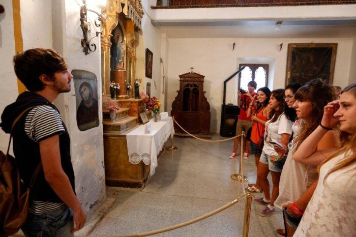 Испорченную фреску Ecce Homo «Пушистый Иисус» не стали восстанавливать (4 фото)