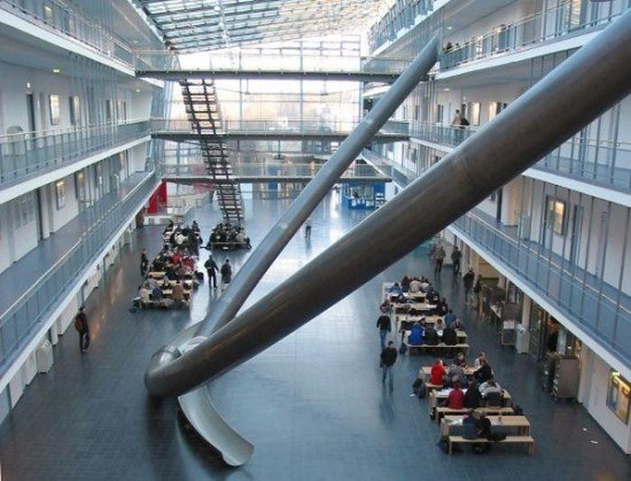 Горки в Мюнхенском техническом университете (4 фото)