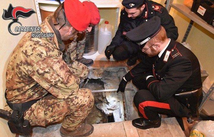 В Италии арестовали одного из самых опасных мафиози Европы Санто Воттари (5 фото)