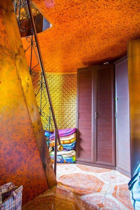 Элитный коттедж с необычным интерьером (34 фото)