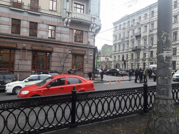 В Киеве убит бывший депутат Госдумы России Денис Вороненков (10 фото)