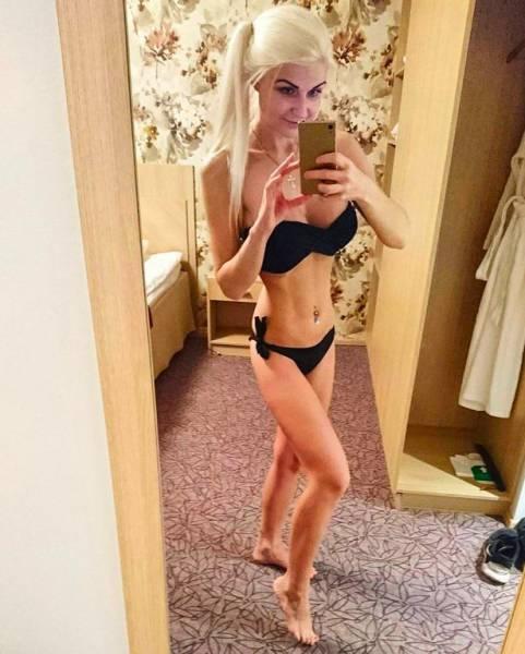 Финская «Фитнес-Барби», пережившая ожирение и анорексию, стала звездой сети (25 фото + видео)