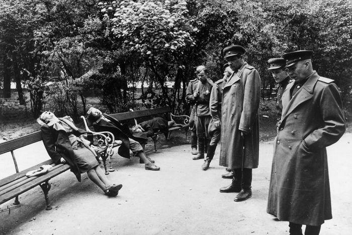Война глазами советского фотокорреспондента Евгения Халдея (16 фото)
