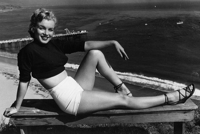 Идеальные женские фигуры последних 60 лет (15 фото)