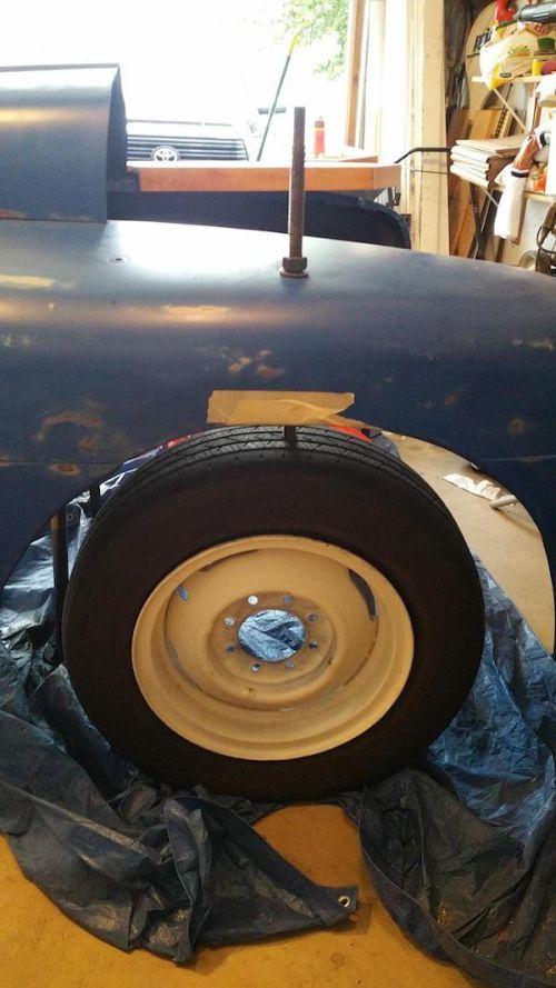 Домашняя барная стойка из деталей пикапа Ford F-3 (27 фото)