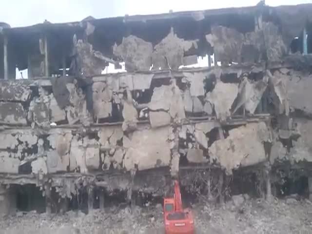 Снос аварийного здания в Воронеже