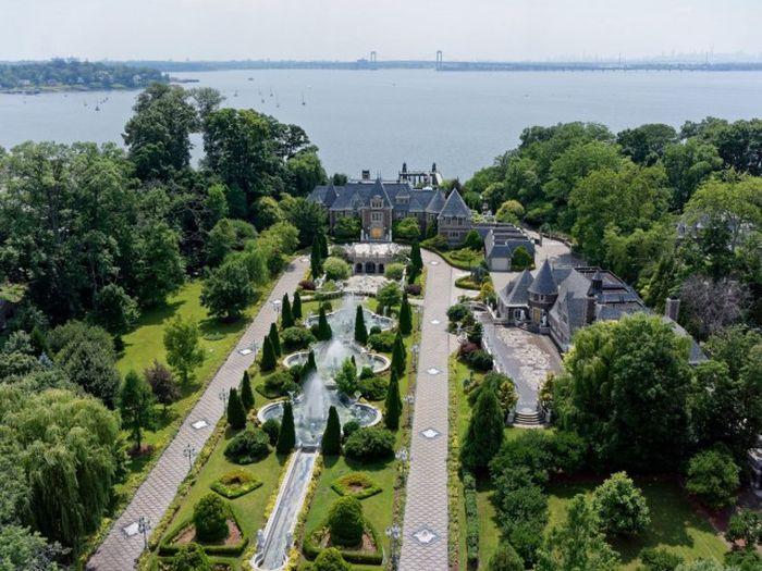 Роскошный особняк на Лонг-Айленде за 85 миллионов долларов (18 фото)
